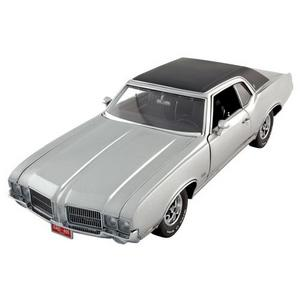 1971 OLDS CUTLASS SX - silver