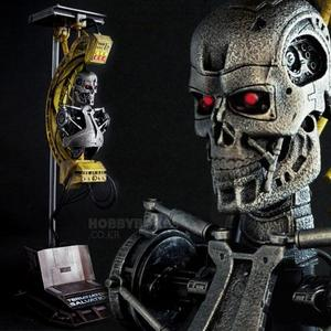 (입고) Terminator Salvation - Terminator Factory T700 디오라마